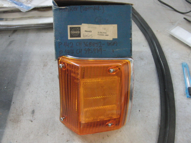 Volvo 140 160 Flasher lamp unit L Cibie - 121836