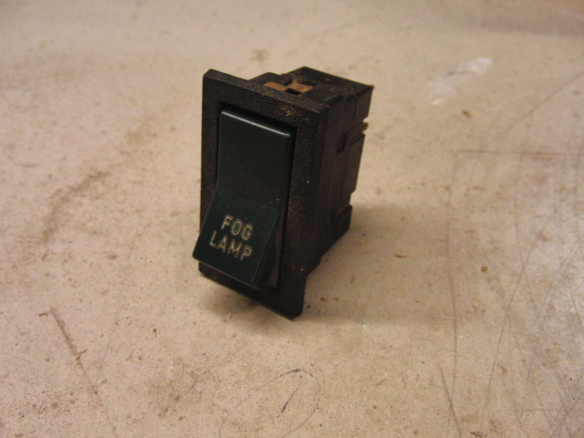 Volvo 240 260 Part number: Fog switch
