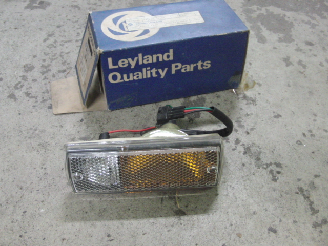 Triumph TR7 front indicator light