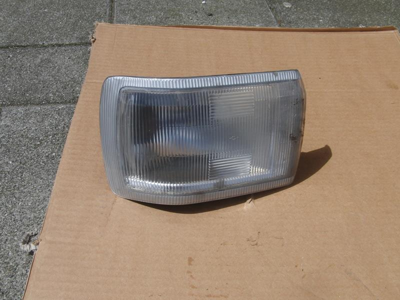 Austin Maestro front indicator light LH (used)