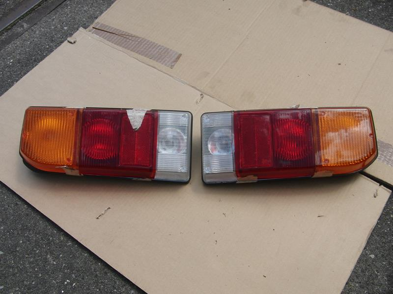 Triumph 2500 Rear light clusters - TKC0955 TKC0956